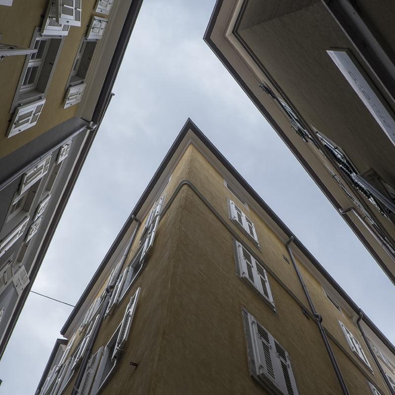 Trois immeubles à Paris